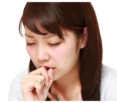 Skuteczne leki na ból gardła – przegląd tabletek i sprayów na gardło!